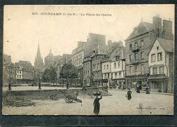 CPA - GUINGAMP - La Place Du Centre, Animé - Guingamp