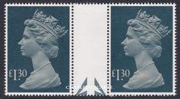 GREAT BRITAIN 1984  £1.30 UNFOLDED GUTTER PAIR U.M.  S.G. 1026b  N.S.C. YT 1099 - Machins