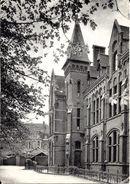 BRUXELLES (1040) - Enseignement : Arrière De L'Institut Ste-Geneviève, 45 Avenue Eudore Pirmez à Etterbeek. CPSM. - Etterbeek