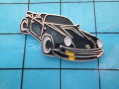 Pin511b Pin´s Pins / Beau Et Rare / AUTOMOBILES : CABRIOLET PORSCHE NOIR - Porsche