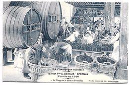 La CHAMPAGNE Illustrée - Maison Vve A. DEVAUX - EPERNAY - Le Tirage Ou La Mise En Bouteilles - Vigne