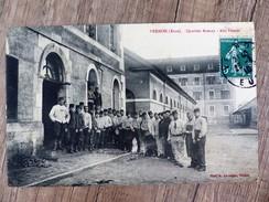 CPA VERNON Militaria QUARTIER AVENAY Aux Patates Circulée 1910 Ecrite 27 EURE Animée Soldats - Vernon