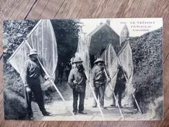 CPA LE TREPORT PECHEURS De Crevettes 76 Seine Maritime Animée Ecrite Circulée 1913 - Le Treport