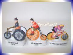 Histoire Du Vélo  ...lot De 3 Fèves ... Ref AFF : 128-2005. (pan 0017) - Sports