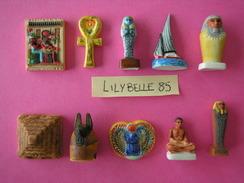 Serie Complète De 10 Feves En Porcelaine Avec Filet Or - AU FIL DU NIL - 2008 - ( Feve EGYPTE ) - History