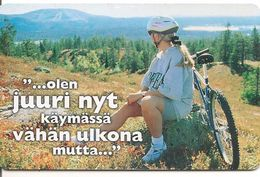 CARTE-PUCE -FINLANDE-GEM-03/2001-CYCLISTE VTT-TBE - Finlande