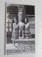 Maori Maias In The Model Village At ROTORUA ( Photo Card Dunedin) Anno 19?? ( Zie Foto Details ) !! - Nouvelle-Zélande