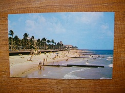 Florida , Palm Beaches , Beautiful Beach Showing Breakers Hotel In Background - Palm Beach