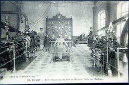 71 CLUNY ECOLE DES ARTS ET METIERS  SALLE DES MACHINES  INDUSTRIE USINE - Cluny
