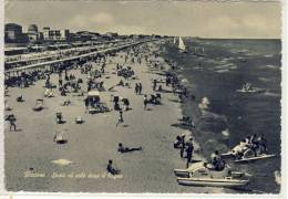 RICCIONE - Sosta Al Sole Dopo Il Bagno - Rimini