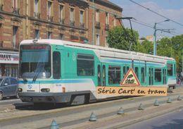 Rame TFS  Alsthom Du Tramway T1 RATP, à Saint-Denis (93) - - Tranvía