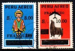 06346 Peru Aéreo 451/52 Trajes E Lhama U - Peru