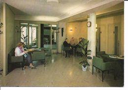 CPM/CPSM - BAGNERES DE BIGORRE - Centre Médical De L Arbizon -  Un Salon D Accueil - Bagneres De Bigorre