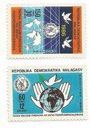 1986 Malagasy Madagascar Peace Year  Complete Set Of 2  MNH - Madagascar (1960-...)