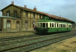 CMFM 094 - Autorail Picasso X 3953 En Gare - MAMERS - Sarthe 72 - SNCF / M-St-C - - Mamers