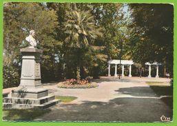 LIMOUX - Jardin De L'Ile De Sournies Buste D'Alexandre De Guiraud Poète Né à LIMOUX Photo Véritable Colorisée - Limoux