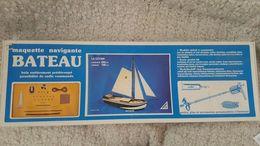 Maquette Navigation BATEAU LE CÔTIER - Boats