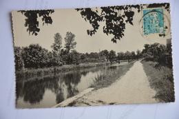 MONTCOURT FROMONVILLE-le Canal - France