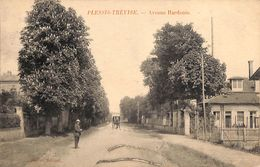 94 - Plessis Trévise - Avenue Hardouin (animée) - France