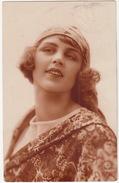 Femme - 1927 - (RTB 3342)   - (Belgium) - Postkaarten