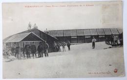 CPA 50 Fermanville Camp Pivert Centre Instruction 1er Colonial Animé Militaires 1916 - Casernas