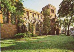 Angleterre        H336        Shrewsbury.The Abbey Church.The North Side - Shropshire