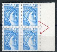 France - N° Yvert  / Maury 1975 Variété 2 Bleu Extra Pâle Dans Un Bloc De 4 , Neufs Luxe - Ref V 120 - Variétés Et Curiosités