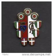 To1 Pins Toro Calcio Distintivi FootBall Torino Soccer Pin Spilla Piemonte Granata Coppa Scudetti Coupe Carp - Calcio