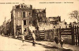 CHALONS SUR MARNE BOMBARDE LES FAUBOURGS - Châlons-sur-Marne
