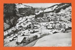 WENGEN Train Et Skis - Zug Und Skier - Berne - Bern - SUISSE - SCHWEIZ - Trains