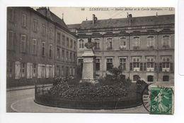 - FRANCE (54) - CPA Ayant Voyagé LUNEVILLE 1913 - Statue Bichat Et Le Cercle Militaire - Editions Lévy N° 46 - - Luneville