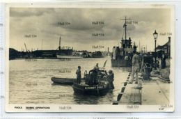 Deep Sea Diver Poole Dorset Diving Operations From Tender R Humby Siebe Gorman Heinke 1950s Postcard - Bateaux