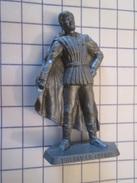 MOK714 : Figurine Publicitaire Années 50/60 Plastique Dur MARQUE INCONNUE : THIERRY LA FRONDE - Figurines