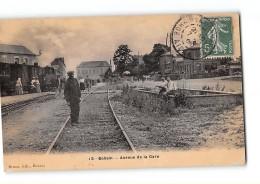 CPA 02 Bohain Avenue De La Gare Et Le Train Tramway Ligne De Guise Le Catelet - Autres Communes