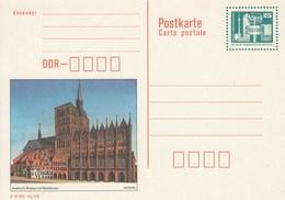 DP 92 ** Bauwerke Berlin Alexander Platz - Stralsund,Rathaus Und Nikolaikirche - [6] Repubblica Democratica
