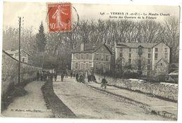 YERRES.  Le Moulin Chaudé.  Sortie Des Ouvriers De La Filature. - Yerres
