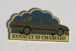 1 Pin's RENAULT - 19 CHAMADE - Renault