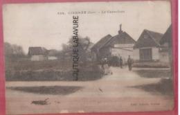 27 - CIERRAY---Le Carrefour---animé - Francia