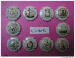 Série Complète De 10 Feves En Porcelaine PROTOTYPE - CAPSULES  DE CHAMPAGNE / MUSELET - FRANC MACONNERIE ( Feve ) RARE - Histoire