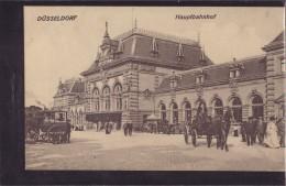 Düsseldorf - S/w Hauptbahnhof 4   Mit Pferdekutsche Und Kutsche Vom Hotel Kaletsch - Duesseldorf