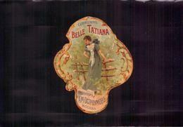 Etiquette De Parfum, Belle Tatiana, Russie Moscou    (bon Etat)  Petit Format. - Etiquettes