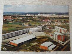 CPM - MURET .Vue Aérienne Le Lycée Mixte - Muret
