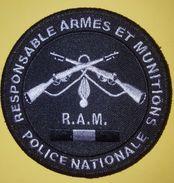 Ecusson / Insigne Police Nationale Spécialité - Police & Gendarmerie