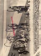 GRANDE PHOTO CYCLISME - VELODROME PARIS ANNEES 50 - Sport