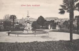 Auckland   Albert Park  - 2 Scan - Nouvelle-Zélande