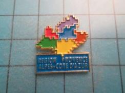 PIN1615b Pin's Pins / Rare , Grand Pin's  REGION PACA PROVENCE ALPES COTE D'AZUR  ,  Pas Caca La Paca !!! - Administraties