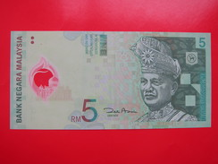 Plastic Banknote,5RM, Middle Bend But Still Very Fresh And Mint - Malasia