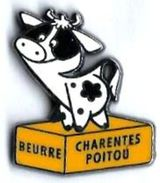 AD2 - VACHE - BEURRE CHARENTE-POITOU - Verso : SM - Animaux