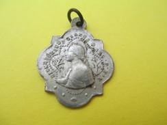 Médaille Religieuse Ancienne/Bienheureuse Jeanne D'Arc/Domremy/Dieu Le Veut/Rouen/1412-1431/Mi XIXéme Siécle      CAN515 - Religión & Esoterismo