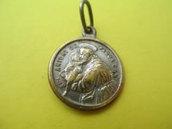 Médaille Religieuse Ancienne/St Antoni De Padua/ St Francisce Di Assisio /Fin XIXéme Siécle     CAN519 - Religión & Esoterismo